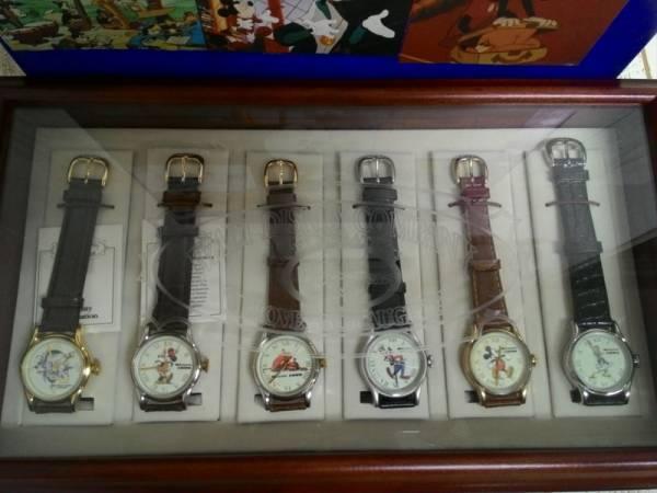 ディズニー ミッキー&ミニー&プルート&グーフィー他 ウォルトディズニーカンパニー75周年記念 腕時計セット 6本 定価60000 ケース入り 2000個限定