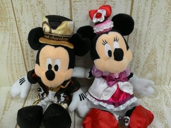ディズニー ミッキー&ミニー ぬいぐるみバッジ 2個 テーブルイズウェイティング