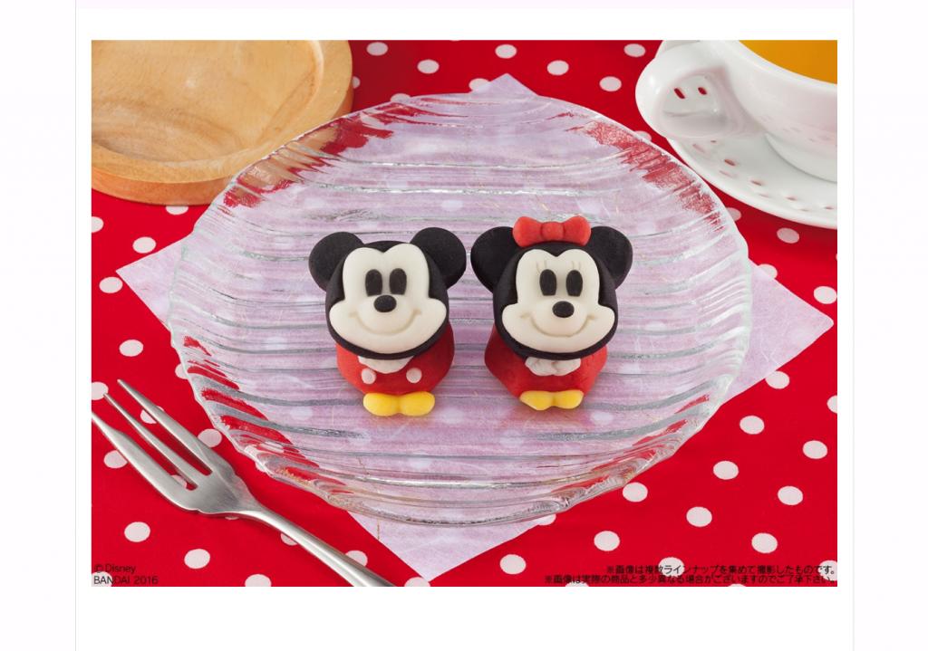 可愛すぎて食べるのがもったいなくなっちゃうミッキー&ミニーの和菓子が全国のセブンイレブンに登場!予約すれば一般発売より先に食べられます♪予約は10月30日、一般発売は12月22日!